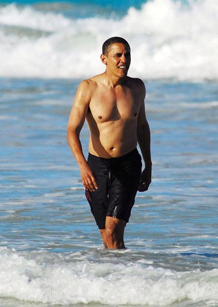 obama-no-shirt-2